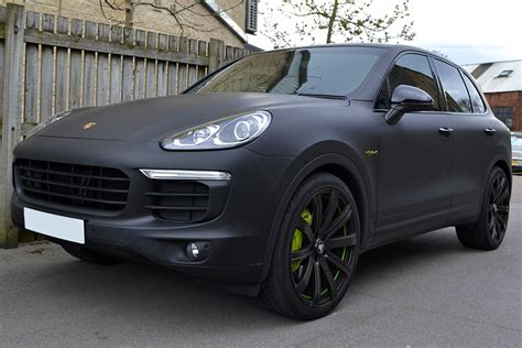 Porsche Cayenne Hybrid Wrapped In Matte Black Reforma Uk