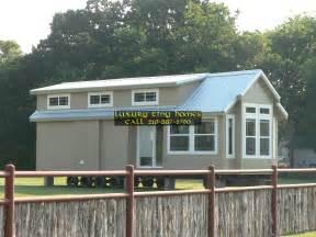 luxury tiny homes tiny home tiny house park models cabins 1 br 2 br loft