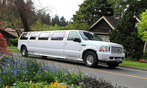 Best Price Limousine Service by Limousine Rentals In Vancouver Best Prices Limo Service