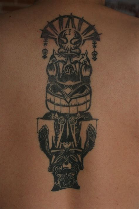 totem pole tattoo designs totem pole with the see addicted