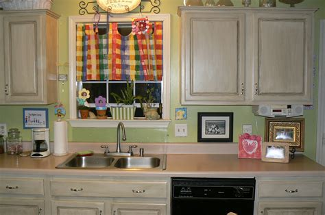 Painted Kitchen Cabinets Photos My 4littlepilgrims Painted And Glazed Kitchen Cabinets