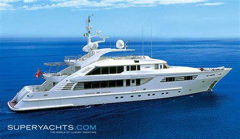 yacht axioma layout axioma yacht isa motor yacht superyachts com