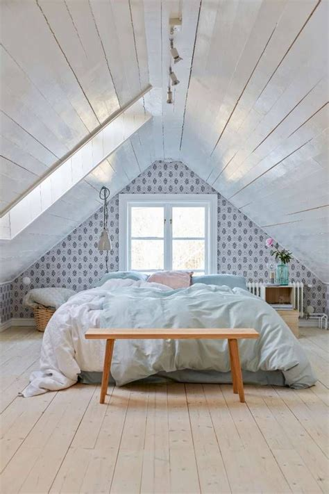 attic bedrooms 17 best ideas about attic bedrooms on pinterest small