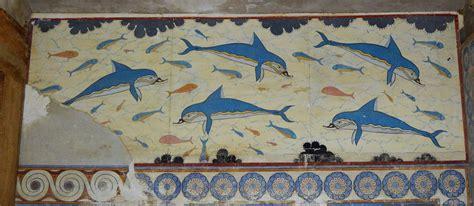 fresco crete greece yatrikacrete dolphins fresco found in s megaron