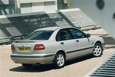 Vovlo S40 Review by Volvo S40 1996 2004 Used Car Review Car Review Rac