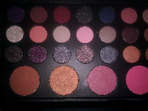 Rivera Blush On 03 Free Rivera Sle bh cosmetics rivera 36 color eyeshadow and blush palette style makeup