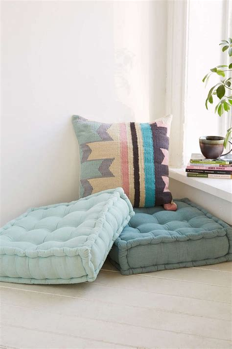 Floor Pillow 25 Best Ideas About Floor Pillows On