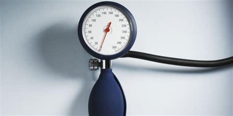 wann hat niedrigen blutdruck niedriger blutdruck m 252 digkeit und schwindel sind einige