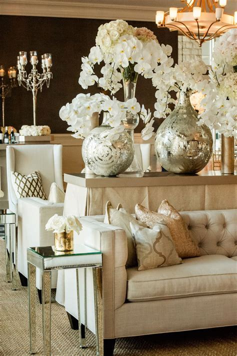 Elegant White Wedding in Austin   Centerpieces & Table