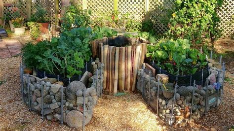Keyhole Gardening by A Guide To Keyhole Gardening Fantastic Gardeners Melbourne