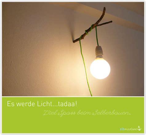 Wandleuchte Mit Kabel Und Stecker by Diy Textilkabel Wandleuchte Am Ast Elbmadame