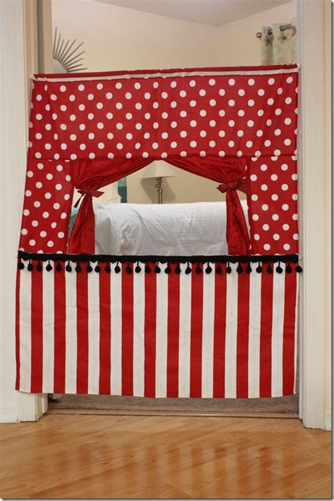 Handmade Puppet Theatre - just crafty enough diy inspiration puppet theaters