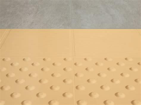 pavimenti tattili pavimento tattile in gres porcellanato safety ceramiche