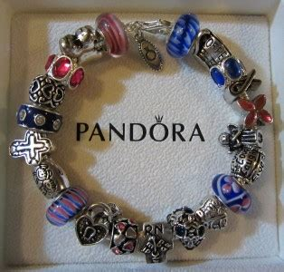 authentic pandora bracelet with 925 charms