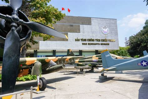 Et Tour Ho Chi Minh Discovery Tour visited the war remnants museum in ho chi minh city with adventures april 2016
