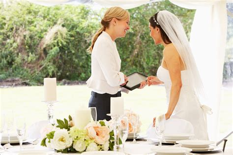 wedding planner stories difference between wedding planner wedding coordinator