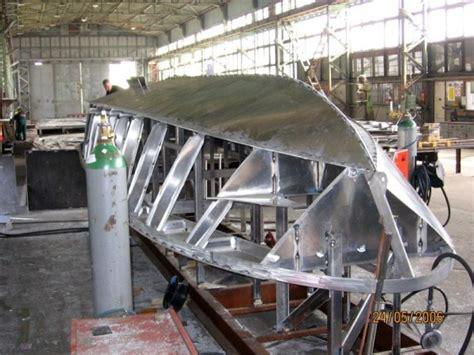 aluminum boat with front r aluminium boats shipbuilding boats 1 1 pinterest