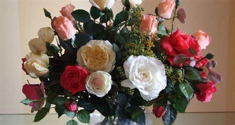 creare fiori finti composizione fiori artificiali composizioni di fiori