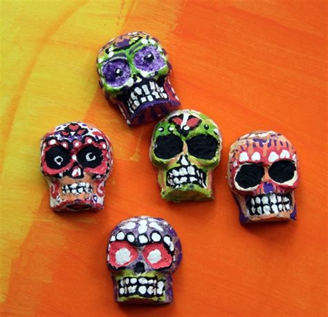 Easy Paper Mache Crafts - make molded papier mache skulls 187 dollar store crafts