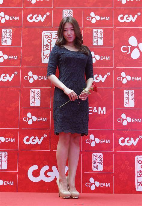 Dress Korea Park Hae Shin park shin hye looks stylebistro