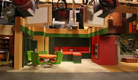 Home Design Reality Tv Shows by Miniature Sitcom Sets Boing Boing