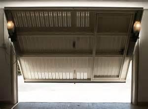 porta basculante garage prezzo le porte per il garage comodit 224 a sicurezza consigli porte