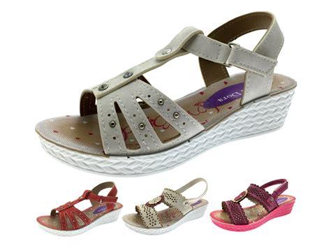 flower t sandal sandals adjustable low wedge shoes