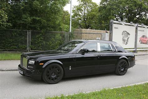 phantom car 2016 next generation rolls royce phantom interior spied for the