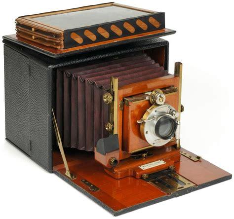 when was first camera invented browzer queen margaret university