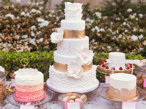 Wedding Reception Cake Designs by Wedding Cake Trends And Performance My