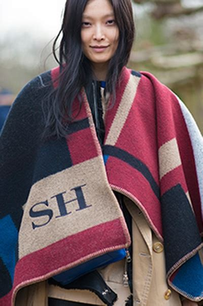 Selimut New Seasons Blanket Burberry New Season Personalised Blanket Poncho Global Blue