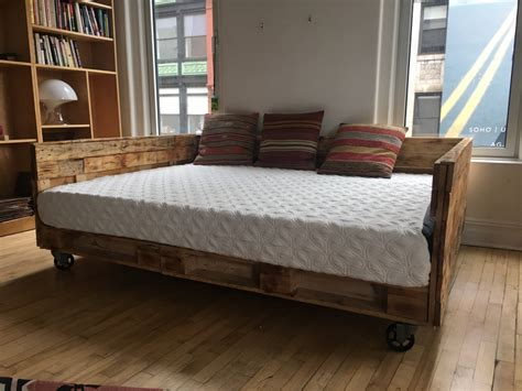 King Size Daybed Industrial Pallet Daybed On Wheels Available In King