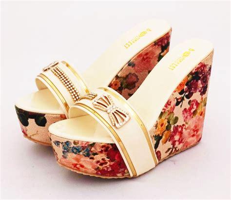Heel Mocca Kulit Krem Murah wedges flower mewah elegan warna krem list gold heels 12 cm bahan kulit sintetis