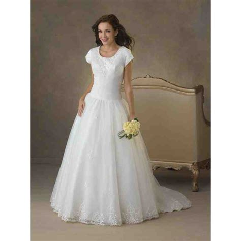 Plus Size Modest Wedding Dresses by Plus Size Modest Wedding Dresses Wedding And Bridal