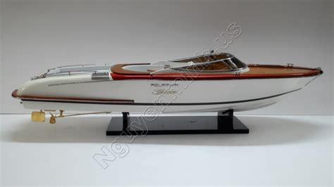 boot te koop riva riva aquariva 87cm houten model schip te koop speedboot