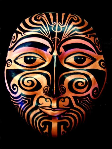 maori mask sculpture by michelle dallocchio