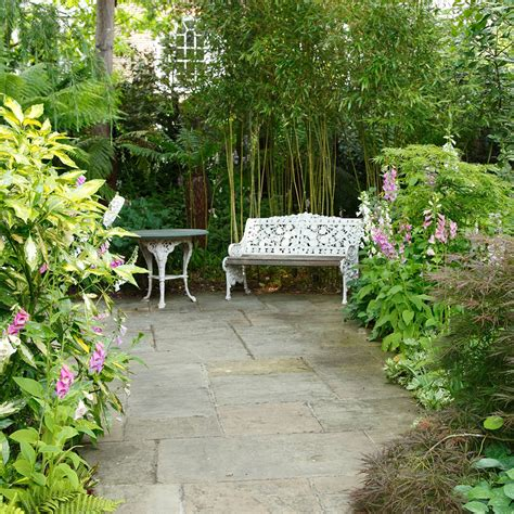 Small Garden Ideas To Make The Most Of A Tiny Space Small Garden Idea