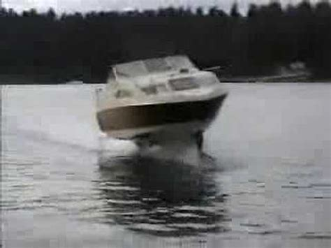 hydrofoil behind a boat youtube videos hydrofoil pontoon boat videos