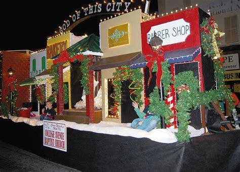 christmas light parade ideas christmas parade floats stories gt thousands line