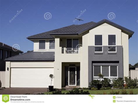 Red Door Paint Colors Modern Suburban House Stock Photo Image Of Estate