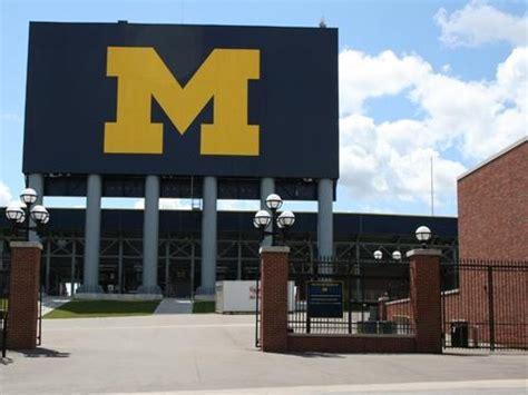big house michigan michigan big house go blue michigan football pinterest