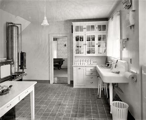 1920 kitchen via shorpy kitchen