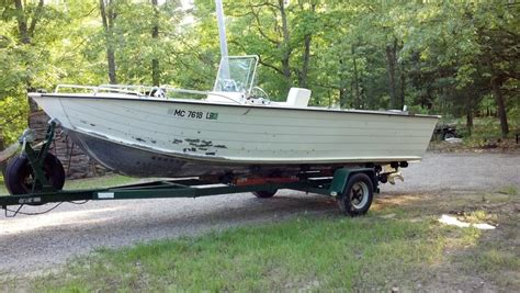 older starcraft boats for sale want to buy 1989 or older starcraft mr21 center console
