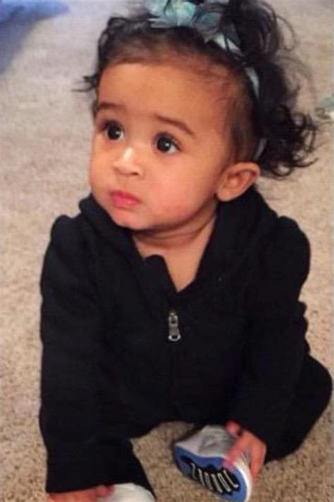 Mother Daughter House Plans by Chris Brown S Daughter Looks Adorable In New Photos