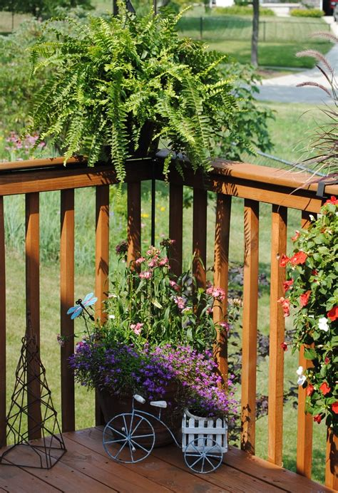 Deck Railing Planter Hooks by 41 Best Images About Front Porch On Rebar