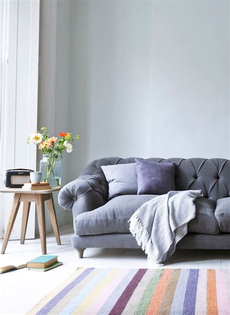 chesterfield sofa in living room 17 best ideas about grey sofa decor on grey