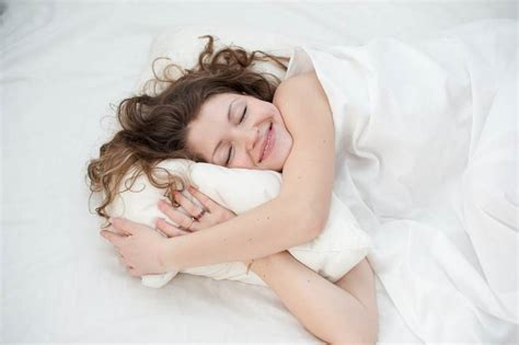 Sleeping On Pillow by Is Your Pillow Wrecking Your Neck Safebee