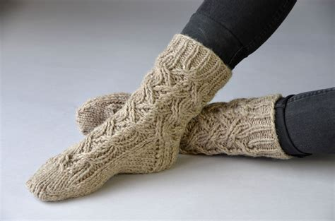 cozy wool appliqu 11 seasonal folk projects for your home books day 3 of winter universal yarn creative network