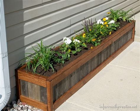 Building Planter Boxes by Planter Boxes Made From Wooden Pallets Pallet Wood Projects