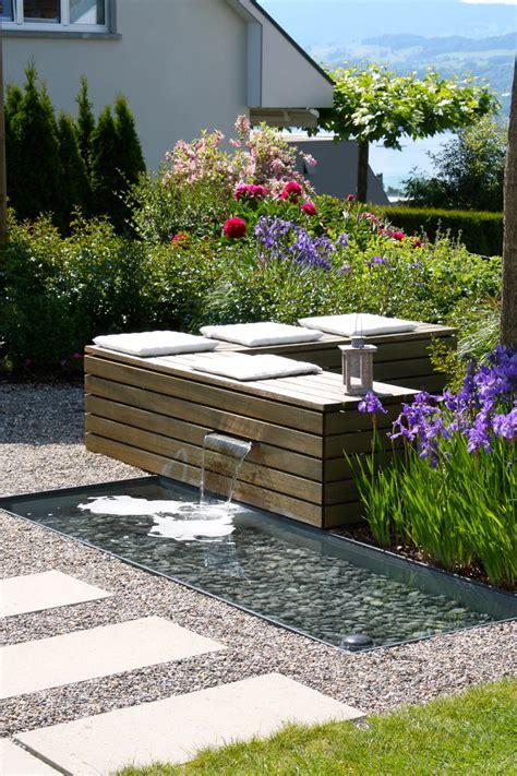 Wasserspiele Gartengestaltung sitzplatz zum wohlf 252 hlen mit wasserspiel parc s
